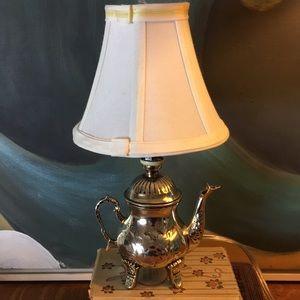 Accents - Teapot Lamp